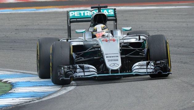Verpatztes Heimspiel für Rosberg! Hamilton siegt (Bild: APA/AFP/THOMAS KIENZLE)