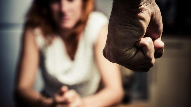 Bodybuilder verprügelt Freundin in Wiener U-Bahn (Bild: thinkstockphotos.de)