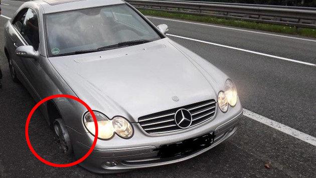Deutscher mit Pkw ohne Vorderreifen unterwegs (Bild: LPD Tirol)