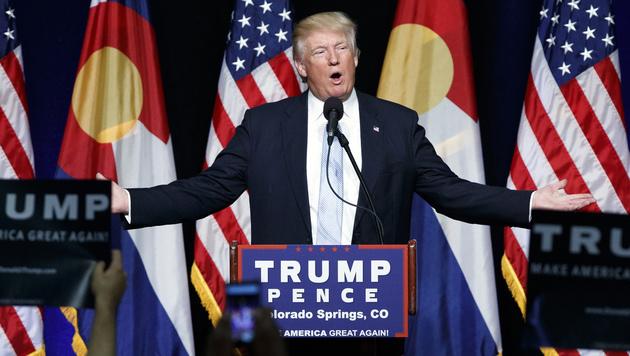 Donald Trump bei einem Wahlkampfauftritt (Bild: AP)
