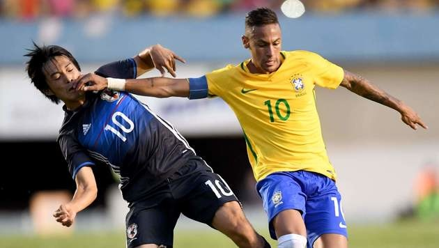 Brasiliens Kapitän Neymar beim 2:0 im letzten Testspiel gegen Japan (Bild: AFP)