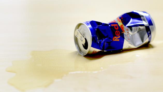 Red Bull verkauft 5,96 Milliarden Dosen (Bild: APA/HERBERT P. OCZERET)