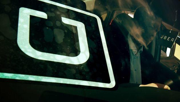Uber: Gütliche Einigung mit Fahrern geplatzt (Bild: AFP)