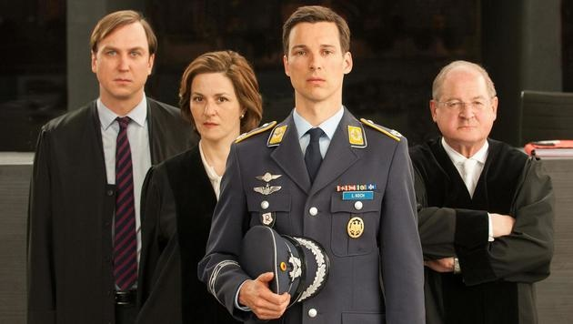 Lars Eidinger, Martina Gedeck, Florian David Fitz, Burghard Klaußner (Bild: ARD)