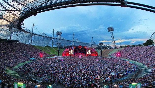 'Volks-Rock'n'Roller' Andreas Gabalier vor 70.000 Fans in München (Bild: Sepp Pail)