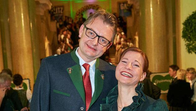 Kristina Sprenger und Mann Gerald Gerstbauer (Bild: Starpix/ Alexander TUMA)