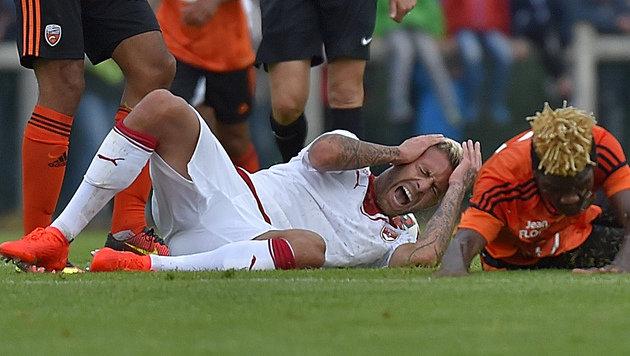 Autsch! Frankreich-Kicker verliert halbes Ohr (Bild: AFP)