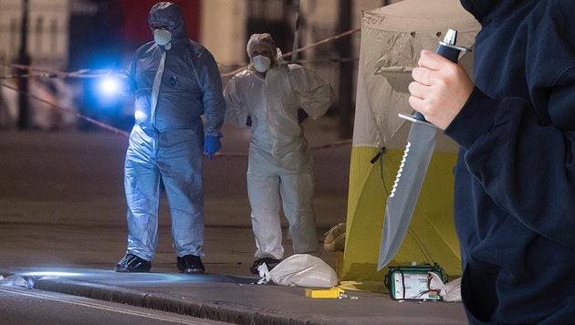 London: Eine Tote und Verletzte bei Messerattacke (Bild: EPA/Will Oliver, thinkstockphotos.de (Symbolbild))