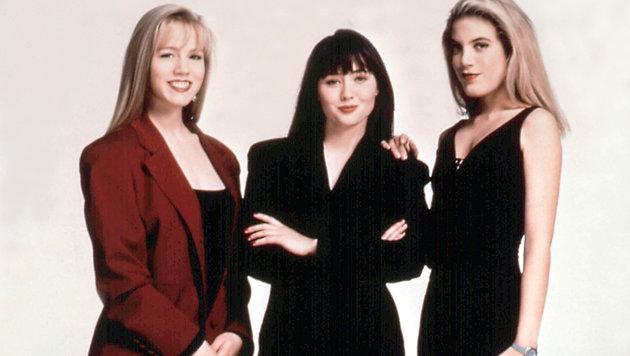 """Jennie Garth und ihre """"Beverly Hills 902010""""-Kolleginnen Shannen Doherty und Tory Spelling (Bild: Moviestore Collection/face to fa)"""