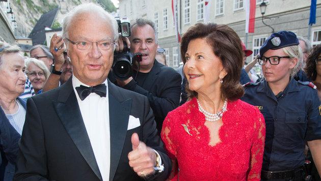 Königlicher Besuch bei den Salzburger Festspielen (Bild: APA/BARBARA GINDL)