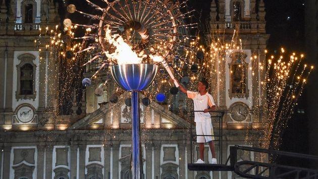 Supershow bei Eröffnung der Spiele in Rio! (Bild: AFP)