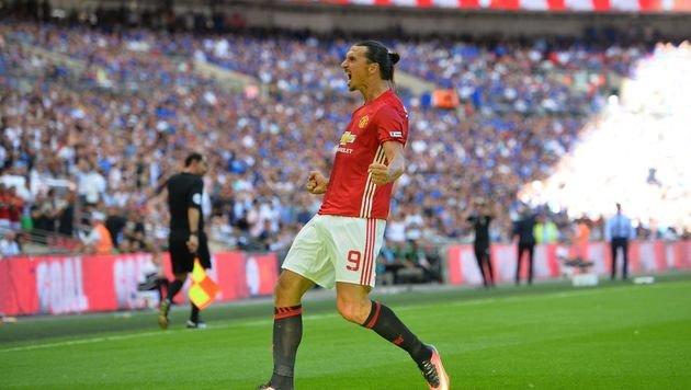 Ibrahimovic beschert Mourinho 1. Titel mit ManU (Bild: AFP)