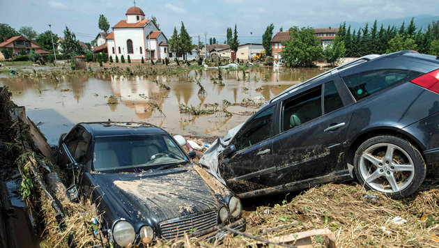 Mindestens 20 Tote bei Horror-Unwetter in Skopje (Bild: APA/AFP/Robert Atanasovski)