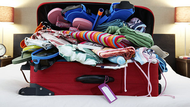 Schon eine Packung Kaugummi im Koffer kann bei der Einreise teuer kommen - zumindest in Singapur. (Bild: thinkstockphotos.de)