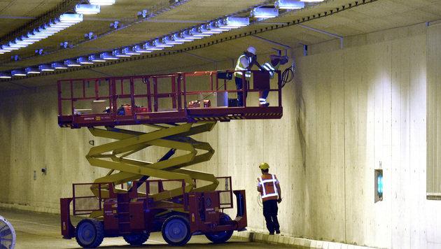 Wien: Baustelle auf A23 fünf Tage früher fertig (Bild: APA/HERBERT PFARRHOFER)