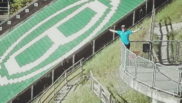 Lukas Müller wieder auf der Sprungschanze (Bild: Facebook.com)
