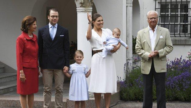 Kronprinzessin Victorias Geburtstag ist der Startschuss in den Sommerurlaub der Schwedenroyals. (Bild: EPA)