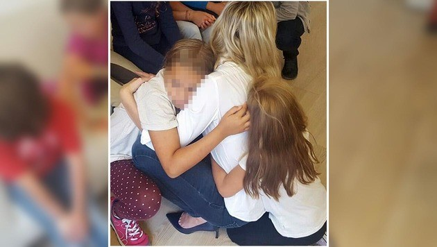 """Die Schüler wollten ihre Lehrerin (28) nicht verlieren. (Bild: """"Krone"""")"""