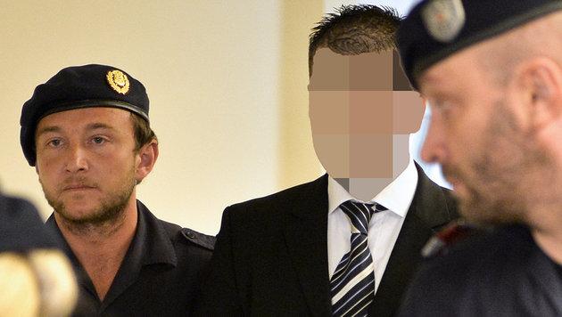 Ehefrau stranguliert: 6 Jahre Haft für 35-Jährigen (Bild: APA/HERBERT NEUBAUER)