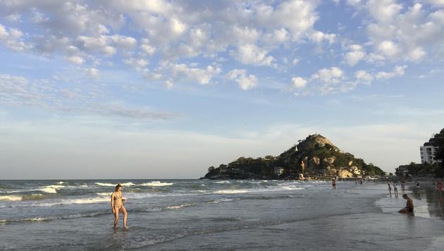 Hua Hin ist das älteste Seebad Thailands und ein beliebtes Touristenzentrum. (Bild: AP)