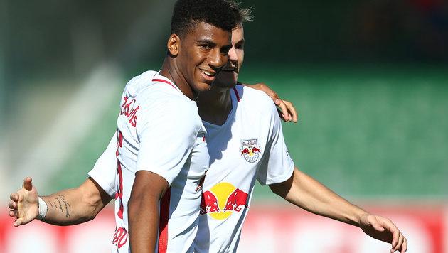 Bernardo & Berisha ballern Salzburg zu 2:0 in Ried (Bild: APA/EXPA/THOMAS HAUMER)