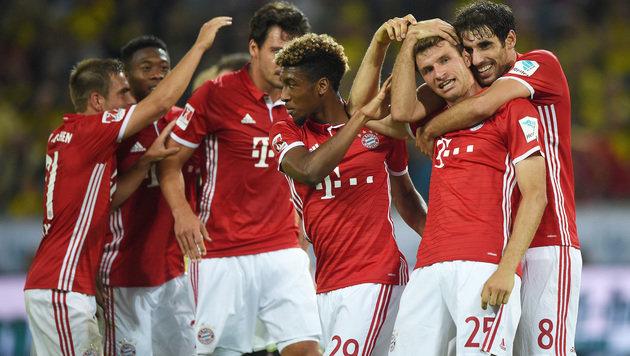 FC Bayern München holt Supercup gegen Dortmund! (Bild: AP)