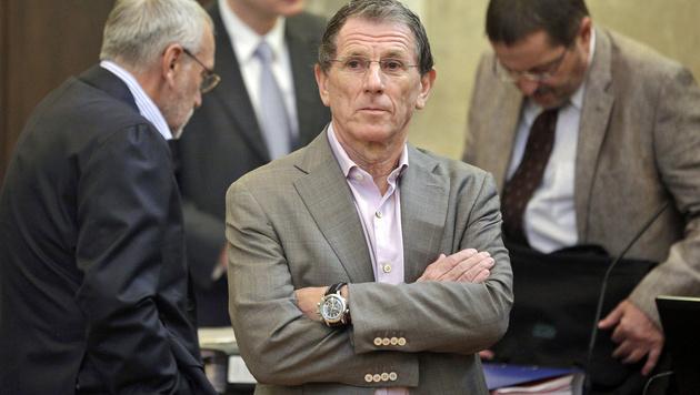 Ex-Lobbyist Hochegger in Privatklinik verhaftet (Bild: APA/Georg Hochmuth)