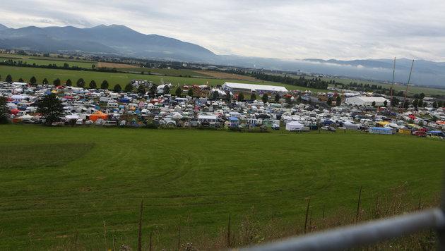 Das Murtal war ein gigantischer Campingplatz. (Bild: Sepp Pail)