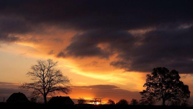 """Wetter wird """"unbeständig, aber nicht unfreundlich"""" (Bild: dpa/dpa-Zentralbild/Z1022 Patrick Pleul)"""