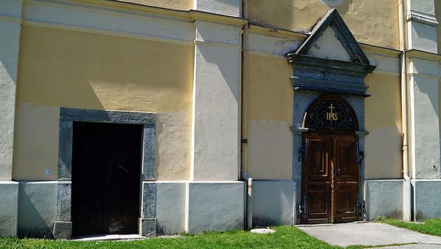 Einbrecher seilten sich in Kirche von Orgel ab (Bild: Christian Rosenzopf)