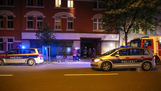 Polizei zeigt nach Brandanschlag in Wels Härte (Bild: Matthias Lauber/laumat.at)
