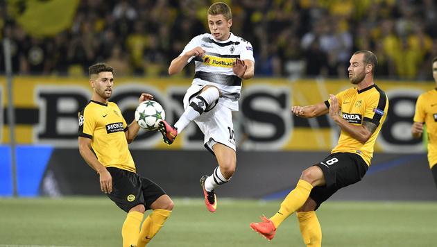 Hütters Young Boys unterliegen Gladbach mit 1:3 (Bild: AP)