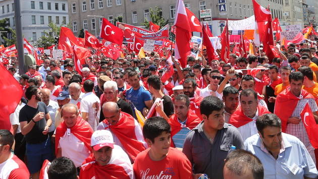 Alarm vor Kurden-Demo am Samstag in Wiener City (Bild: Zwefo)