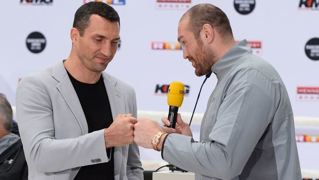 Klitschko kündigt Klage gegen Champion Fury an (Bild: AFP)