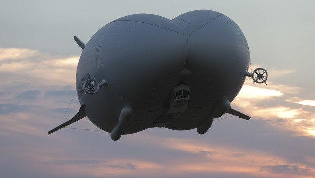 """Fliegender Hintern"" legt Bauchfleck hin (Bild: APA/AFP/Justin Tallis)"
