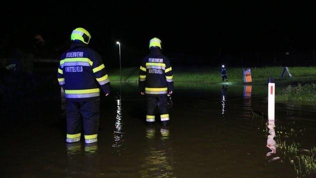 Schwere Überschwemmungen nach monsunartigem Regen (Bild: Thomas Zeiler)