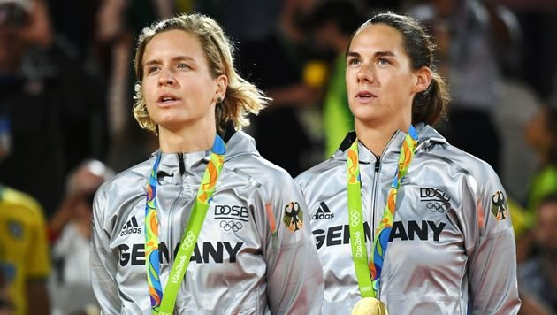 Klagenfurt-Siegerinnen holen Beachvolley-Gold (Bild: AFP)