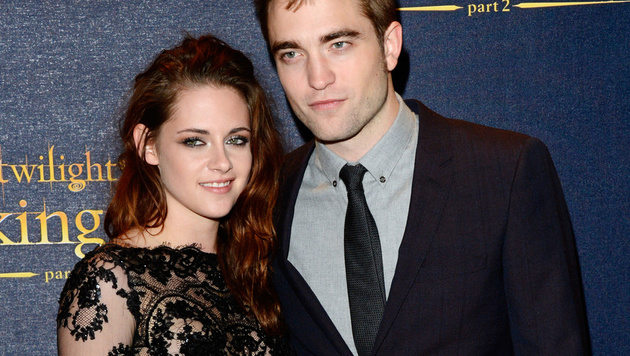 Kristen Stewart und Robert Pattinson (Bild: Jon Furniss/Invision/AP)
