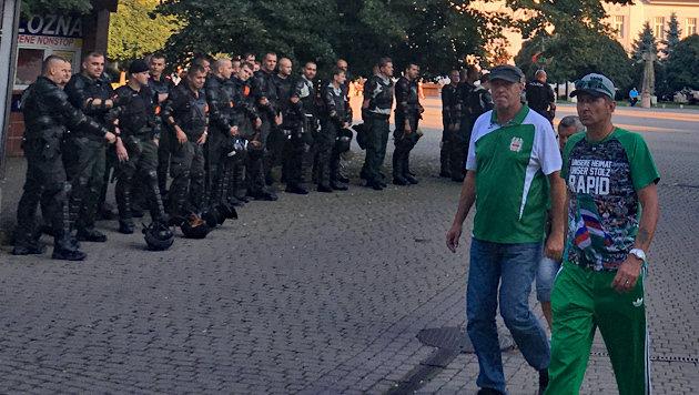 """Rapid-Fans von Hunderten """"Robo-Cops"""" erwartet! (Bild: sportkrone.at)"""