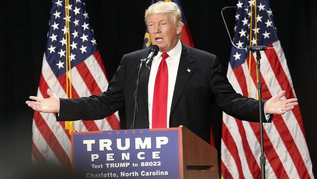 Abrüstung der Worte: Trump zeigt seine zahme Seite (Bild: AP)