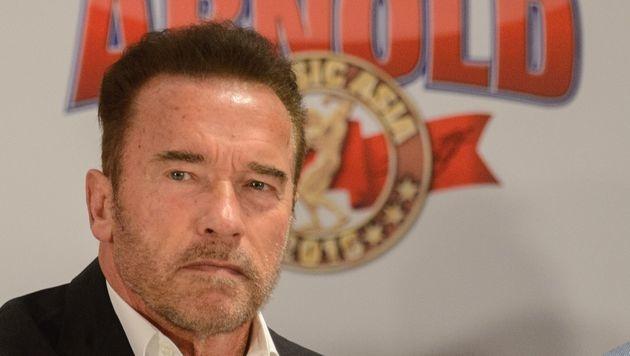 Arnold Schwarzenegger in Hongkong (Bild: APA/AFP/TENGKU BAHAR)