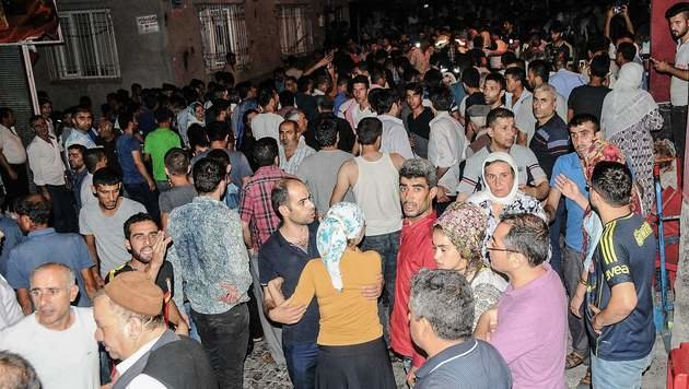 Kurdische Hochzeit endet in Blutbad - 51 Tote (Bild: AFP)