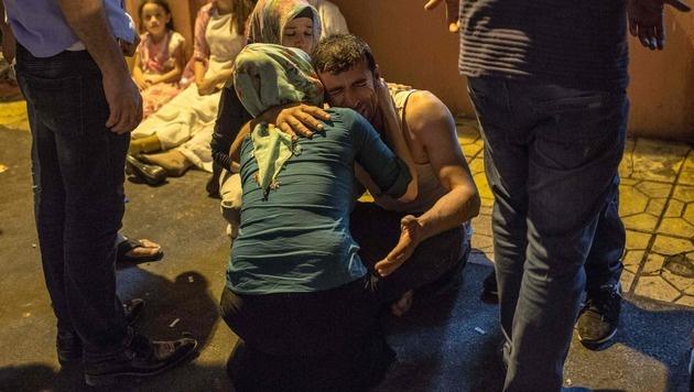 Nach Anschlag: Türkei greift IS und Kurdenmiliz an (Bild: AFP)