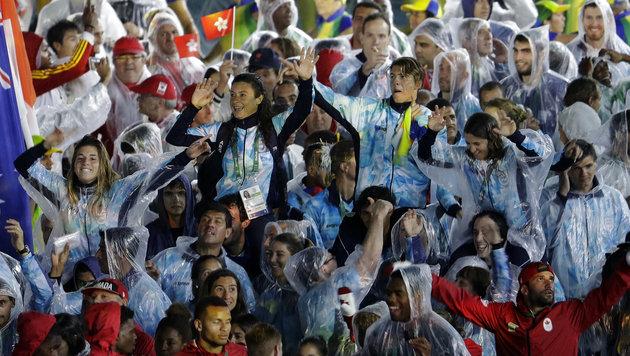 Flamme erloschen! Athleten nehmen Abschied von Rio (Bild: AP)