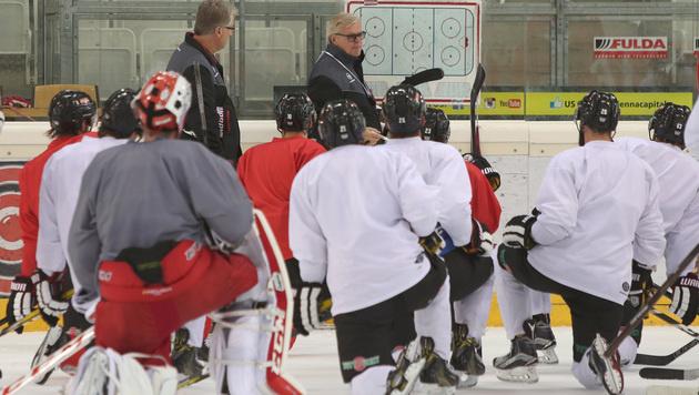 """Eishockey-Team: """"Fahren sicher nicht zum Spaß hin"""" (Bild: GEPA)"""