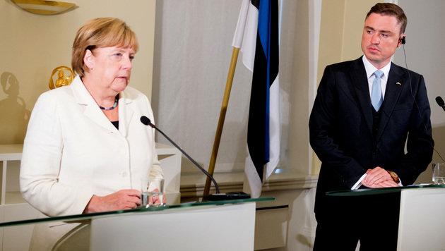 Merkel und der estnische Ministerpräsident Taavi Roivas (Bild: AFP)
