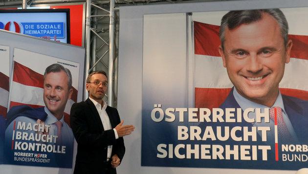"""So kämpfen Hofer und VdB um die """"Heimat"""" (Bild: AP)"""