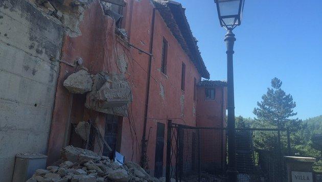 Die Verwüstungen nach dem schweren Beben sind enorm. (Bild: Andi Schiel)