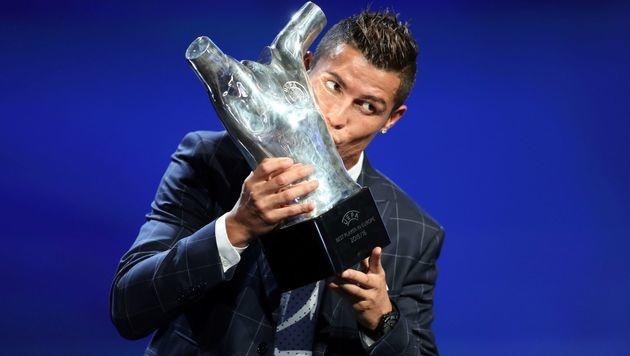 Ronaldo zum 2. Mal Europas Fußballer des Jahres (Bild: APA/AFP/VALERY HACHE)