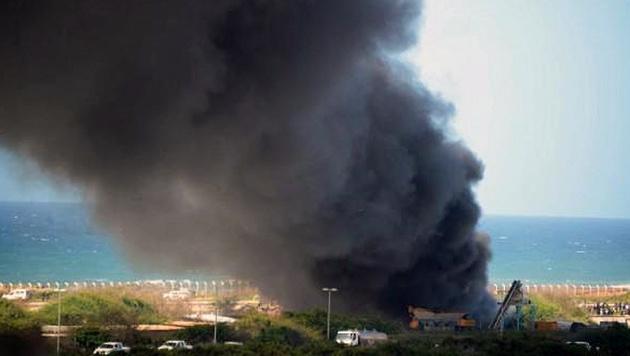 Somalia: Terroranschlag auf Restaurant (Bild: Twitter.com/eNCA)